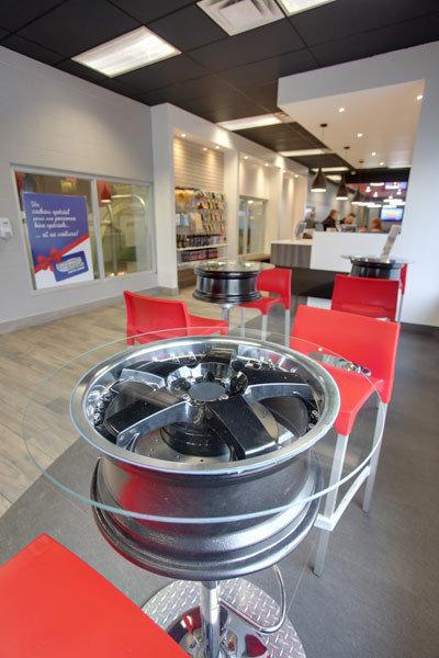 Lave auto express eau le lave auto moderne montr al for Lavage interieur voiture montreal